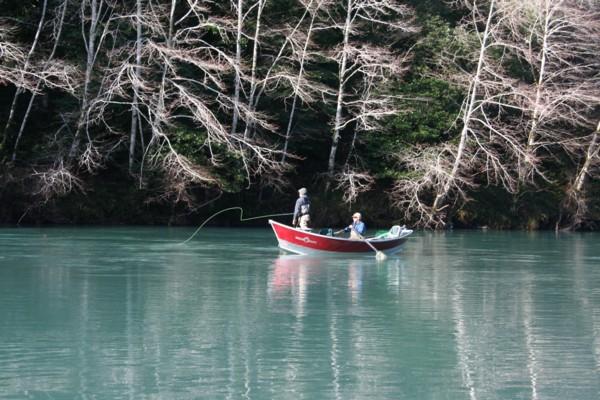 Ribolov na fotkama - Page 5 Chetco%20RIver%20drift%20boat%20fishing